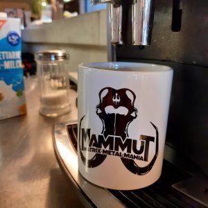 MAMMUT-Tasse Spülmaschinengeeignet, Stückpreis: 8,00 EUR